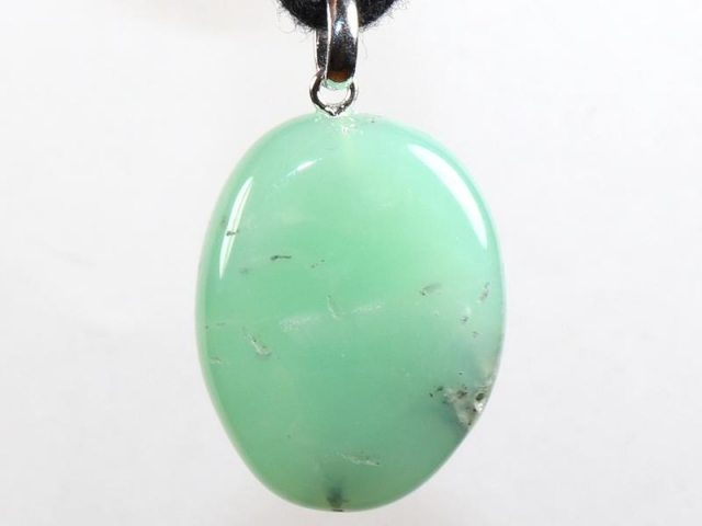 Chrysoprase on cord - f.e. leather cord (necklace)